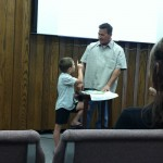 family praise and worship - child teaches-adult